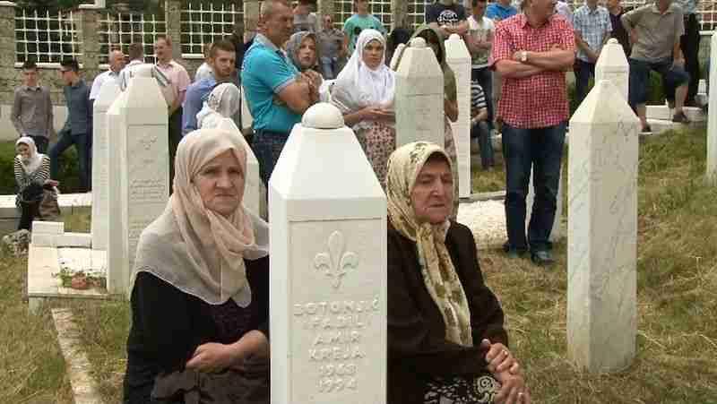 sutra dan šehida na centralnom šehidskom mezarju travnik