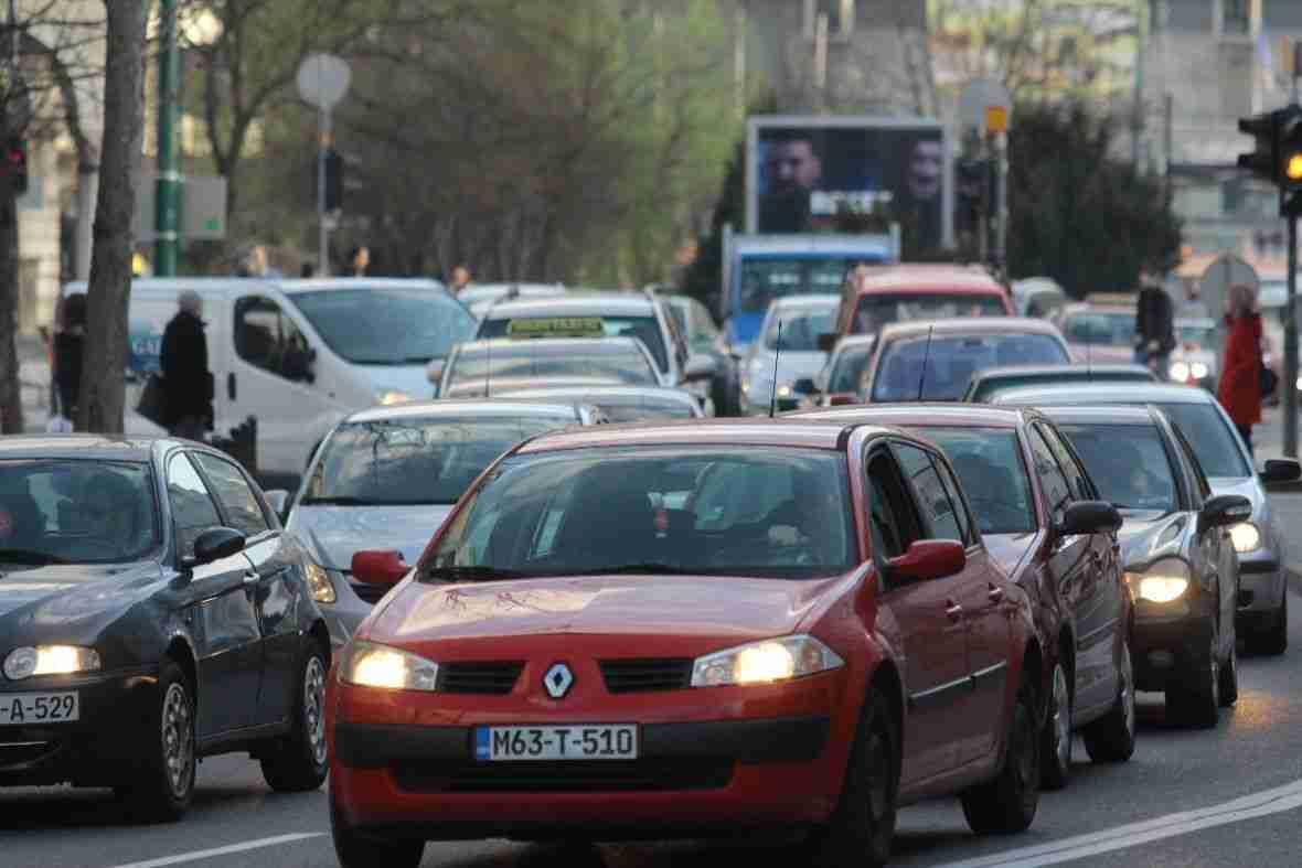 važna obavijest: večeras obustava saobraćaja u jednoj ulici u centru sarajeva!