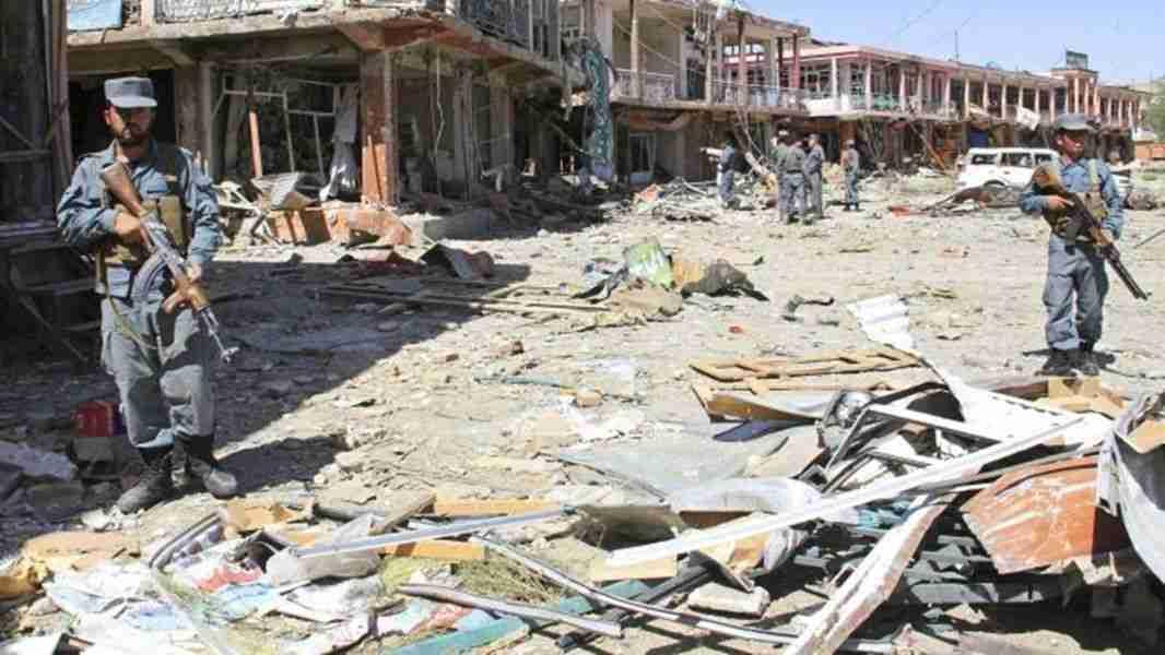 u bombaškom napadu u afganistanu poginulo pet policajaca