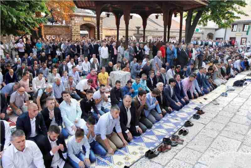 bajram- namaz klanjat će se u 41 džamiji i mesdžidu na području mostara