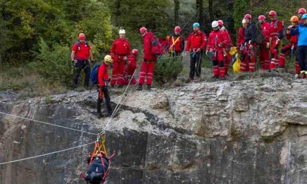 vježba gss-a na skakavcu: potraga za izgubljenim i spašavanje iz stijene