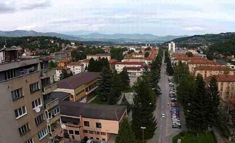 Novi Travnik: Pukla cijev u ulici Ive Andrića