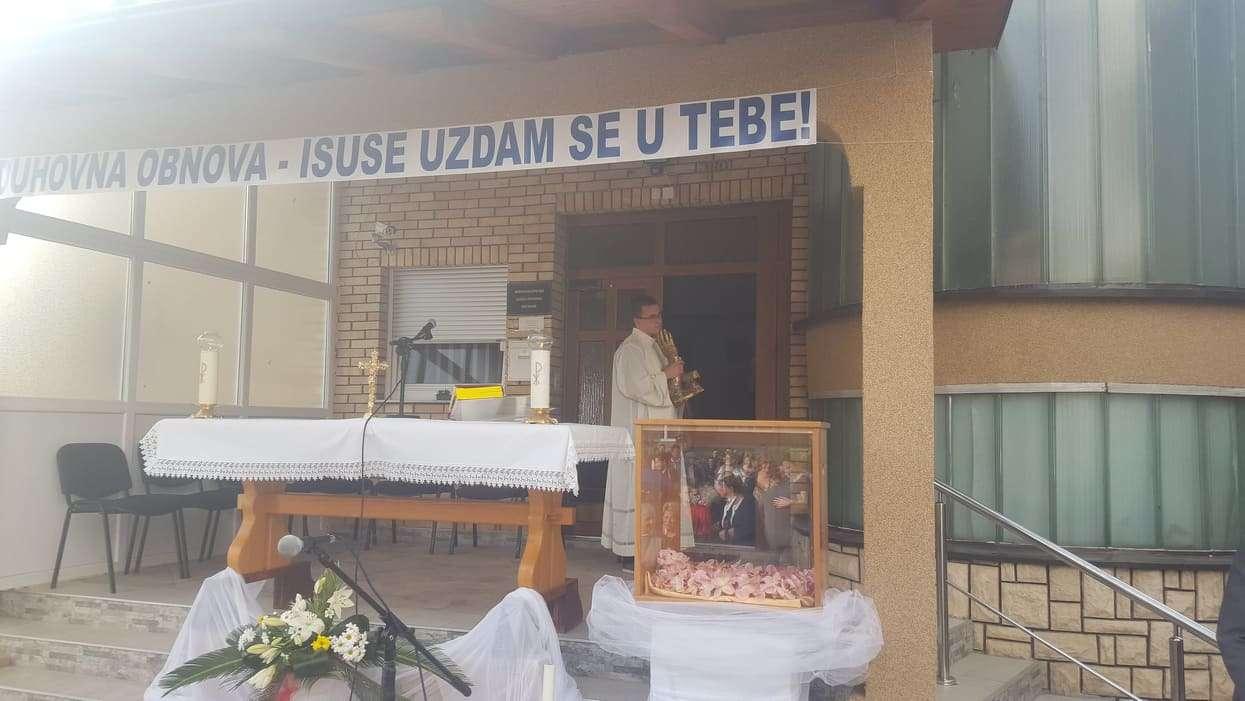 Zadnji dan duhovne obnove, danas procesija i blagoslov slike Milosrdnog Isusa