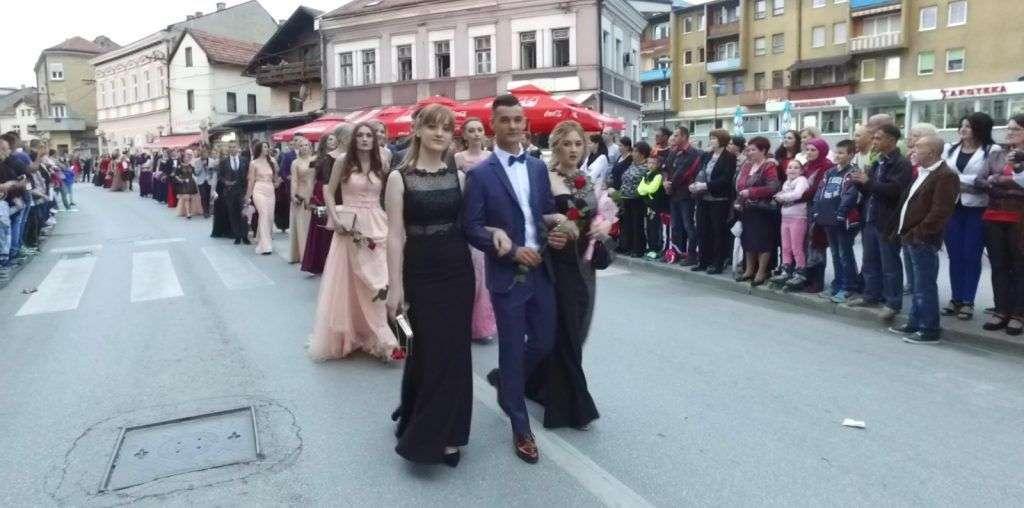 Dva defilea u dva dana u Travniku