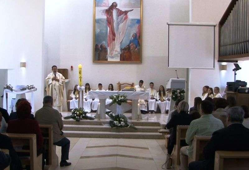 (VIDEO) Nadbiskup vrhbosanski kardinal Vinko Puljić danas u crkvi Uzašašća Gospodinova u Novom Travniku