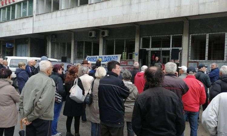 U Tuzli odražan prvomajski protest, Sindikat ne zadovoljan malim odazivom građana