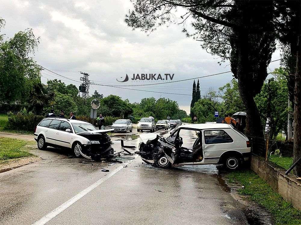 obustavljen saobraćaj: teška nesreća u širokom brijegu