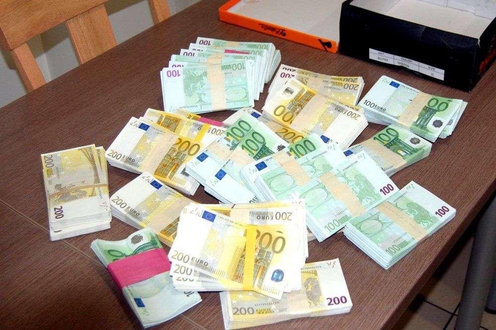 Slovenska policija pri rutinskoj kontroli zaplijenila milion i pol eura