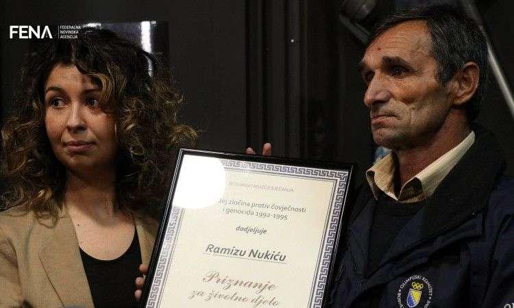 Nukić: Sakupljam posmrtne ostatke i predmete kako bih pomogao porodicama (VIDEO)