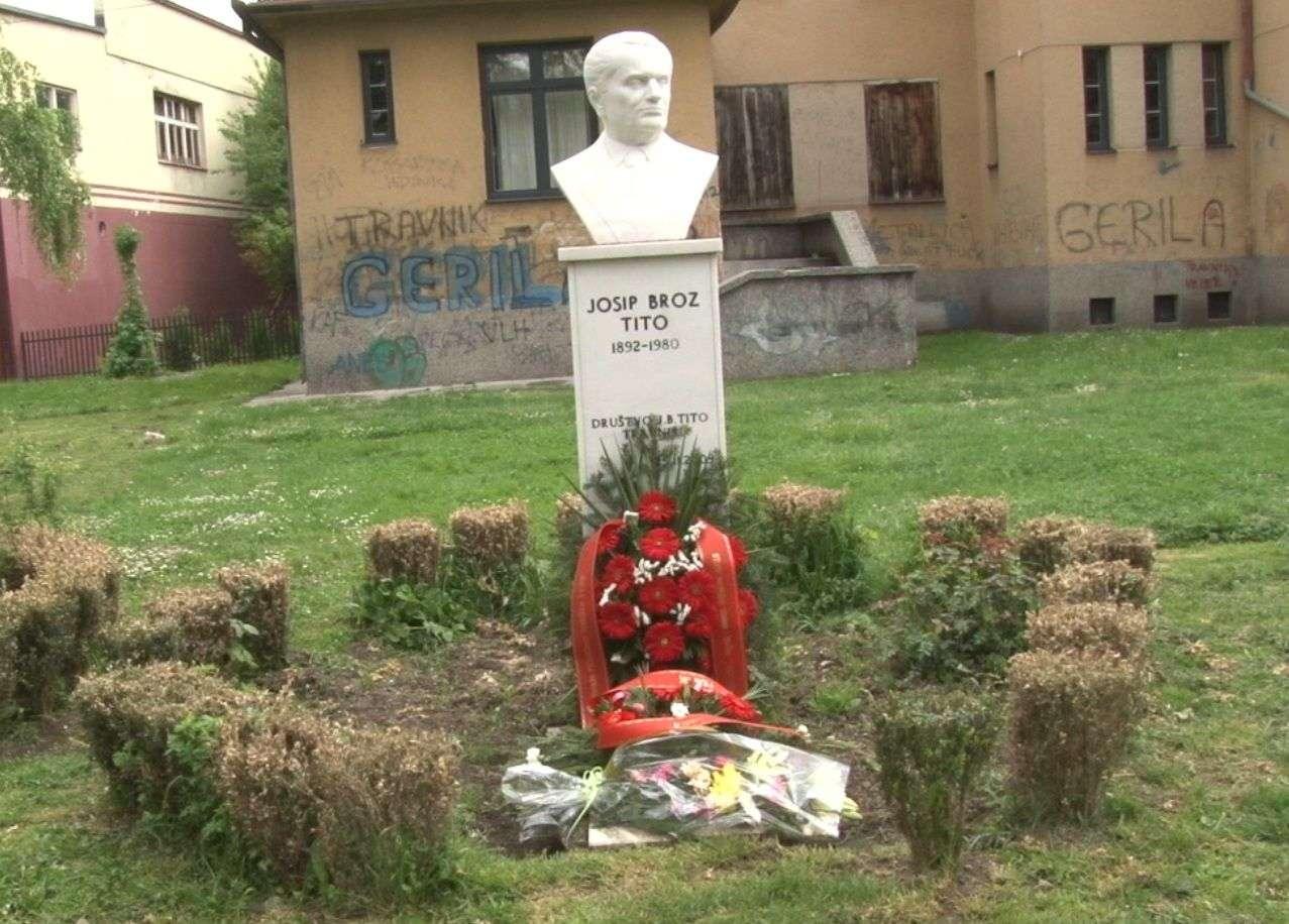 (FOTO/VIDEO) U Travniku obilježen dan kad je umro Tito