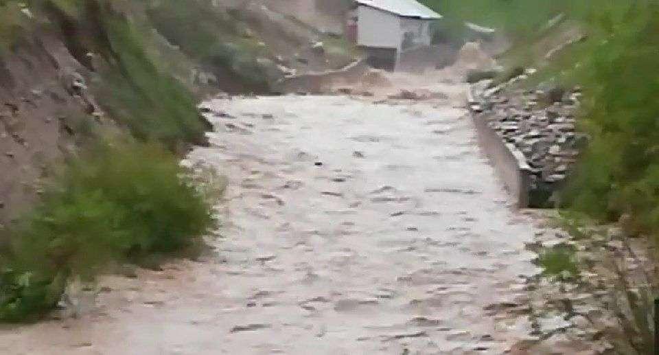 (FOTO) Naseljima na području Biljanske doline prijeti plavljenje
