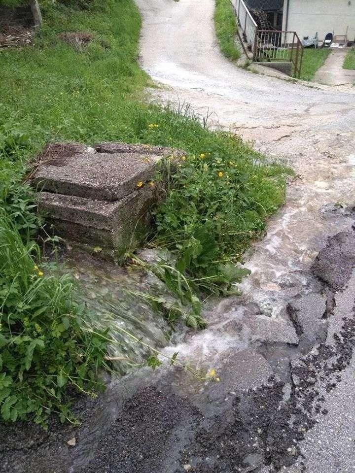 (FOTO/VIDEO) Novi problemi u prigradskom naselje Bojna
