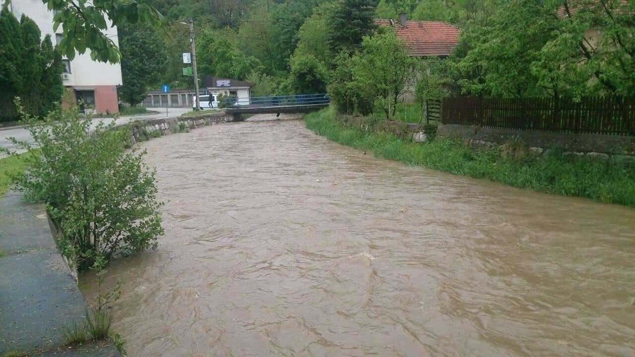(FOTO/VIDEO) Održana vanredna sjednica Općinskog štaba Civilne zaštite Travnik: Ima li razloga za paniku?