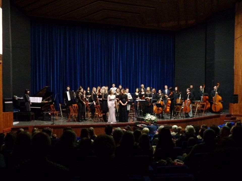 (foto) srednja muzička škola zenica priredila odličan koncert povodom dana škole