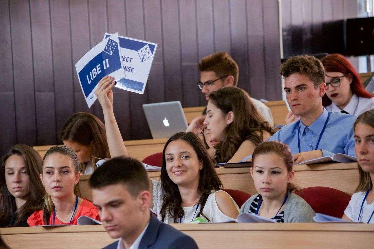 evropski parlament mladih u bih - prva regionalna sesija od 21. do 23. juna