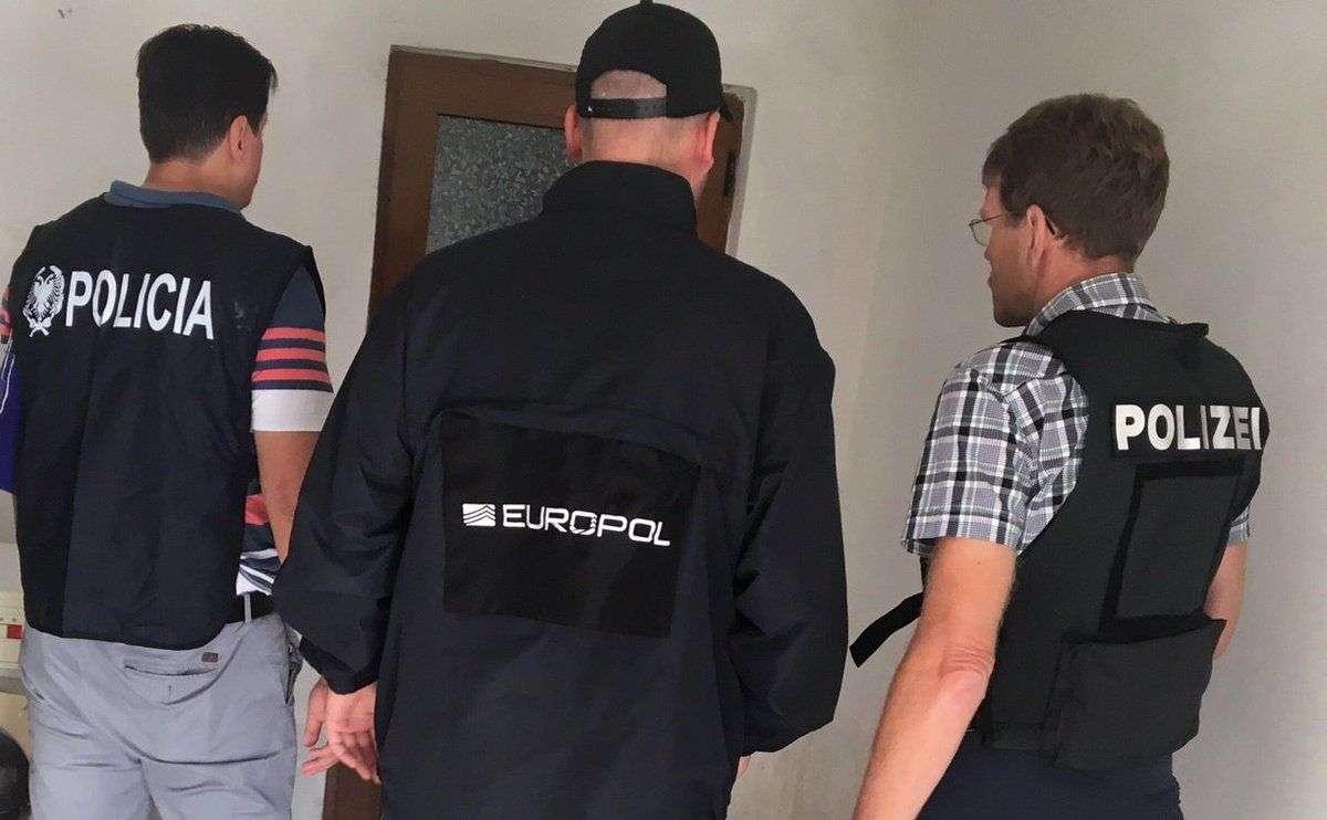 u akciji europola uhapšena 22 dilera