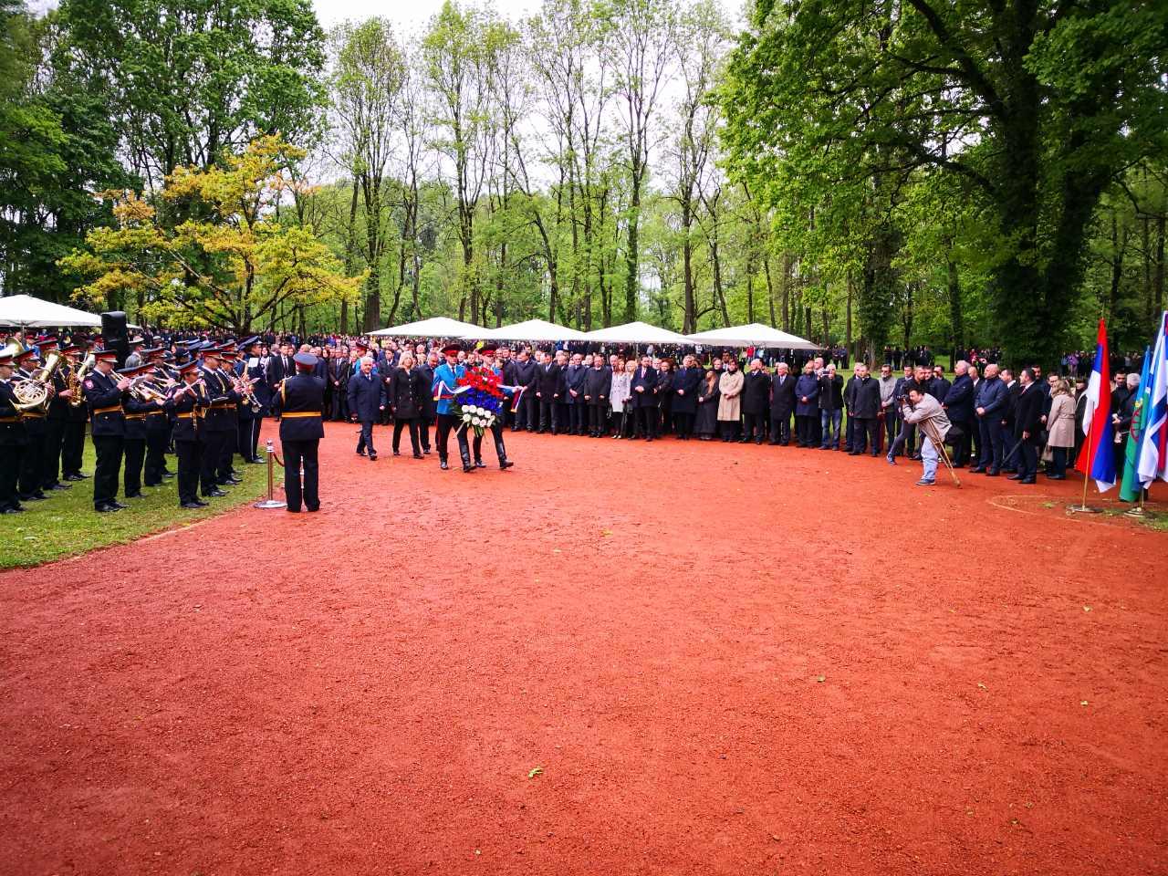 Položeni vijenci u znak sjećanja na žrtve Jasenovca