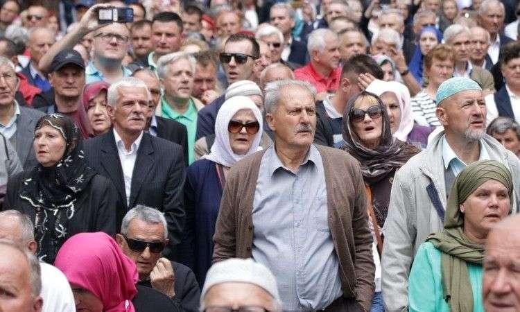 Policija: Na otvaranju Aladža džamije 10.000 posjetilaca, nije bilo incidenata