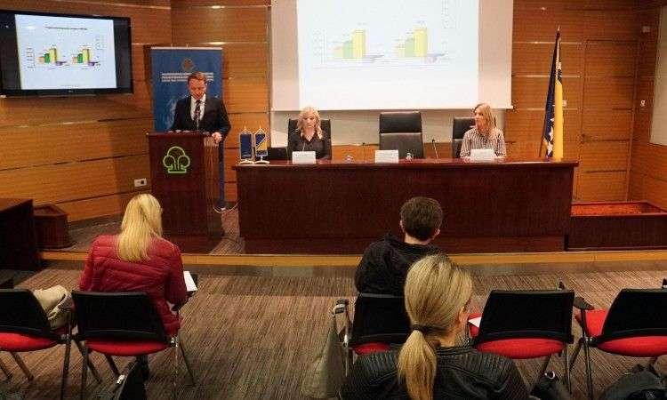 Podaci Vanjskotrgovinske komore BiH: Iz uvoza 78 posto hrane jedemo