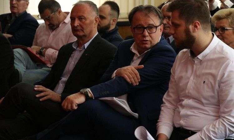 Glavni odbor SDP-a isključio osam članova, među njima i Zlatko Lagumdžija i Ivo Komšić