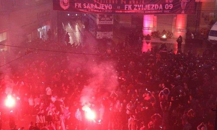Igrači i navijači Sarajeva proslavili titulu ispred Vječne vatre