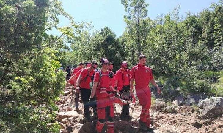 pripadnici gss-a transportirali ozlijeđenu francuskinju s brda kod međugorja