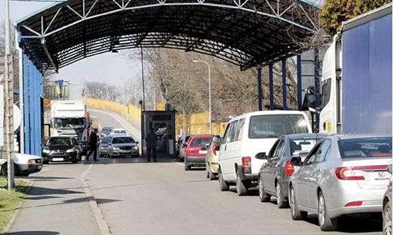 Gužve na nekoliko graničnih prelaza u BiH