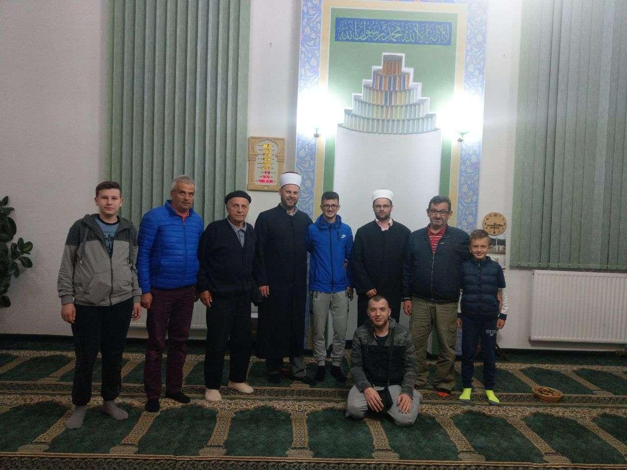 Delegacija Muftijstva travničkog u posjeti džematima Medžlisa IZ Travnik
