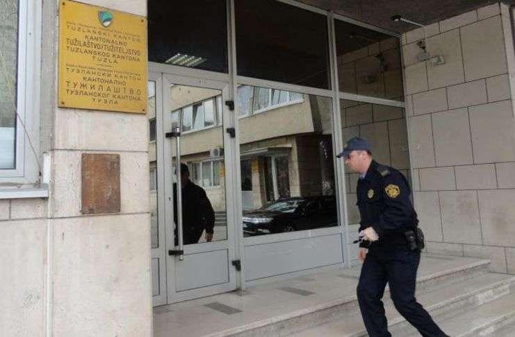 predložen pritvor za sanela džidića (40) iz gradačca zbog 'pedofilije'