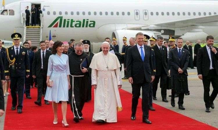 papa u rumuniji pozvao na zajedništvo u 'novoj fazi istorije'