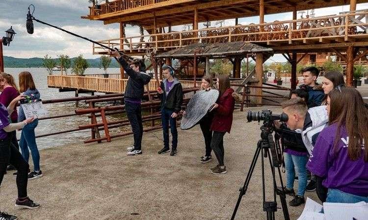 Mladi iz Lukavca snimili ekološki film o jezeru Modrac 'Naša tajna priča'