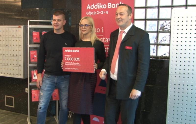 (foto/video) novotravničanin armin berberović osvojio nagradu addiko banke