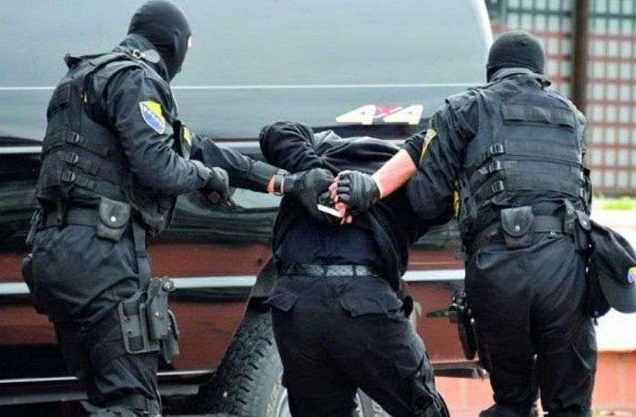 nastavljena akcija hapšenja pedofila lociran i uhapšen u gradačcu