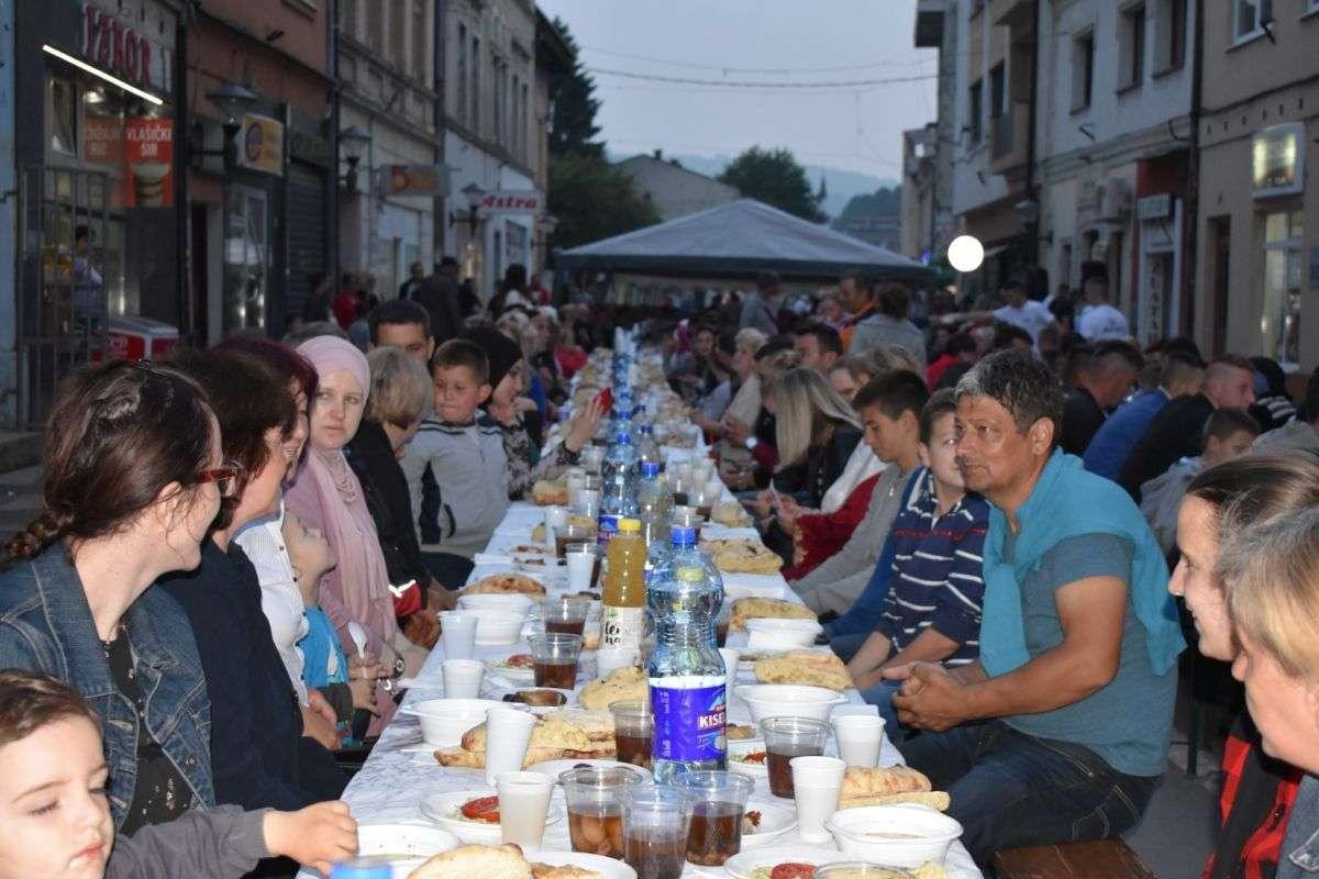 Općina Travnik: Poziv građanima na zajednički iftar