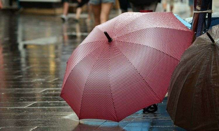 padavine većinom u hercegovini, u bosni lokalno pljuskovi i slaba kiša