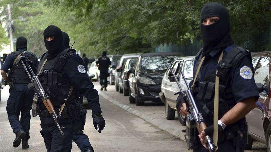 napeto na sjeveru kosova, vučić naredio borbenu gotovost, oglasile se sirene za vazdušnu opasnost