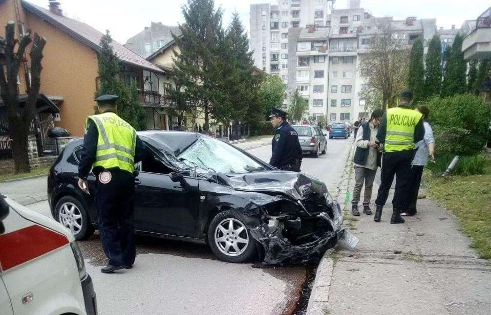 (FOTO) Saobraćajna nezgoda u ulici Branilaca BiH