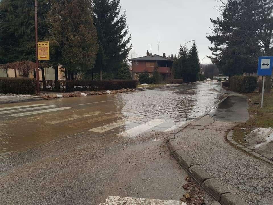 Iz Civilne zaštite Novi Travnik pozivaju građane na mjere samozaštite od poplava