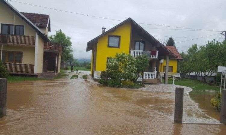 Kiša uzrokovala poplave u tri općine u SBK