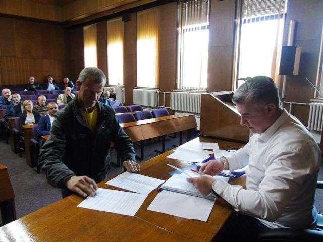 jajce/potpisivanjem ugovora počinje implementacija programa pomoći održivog povratka