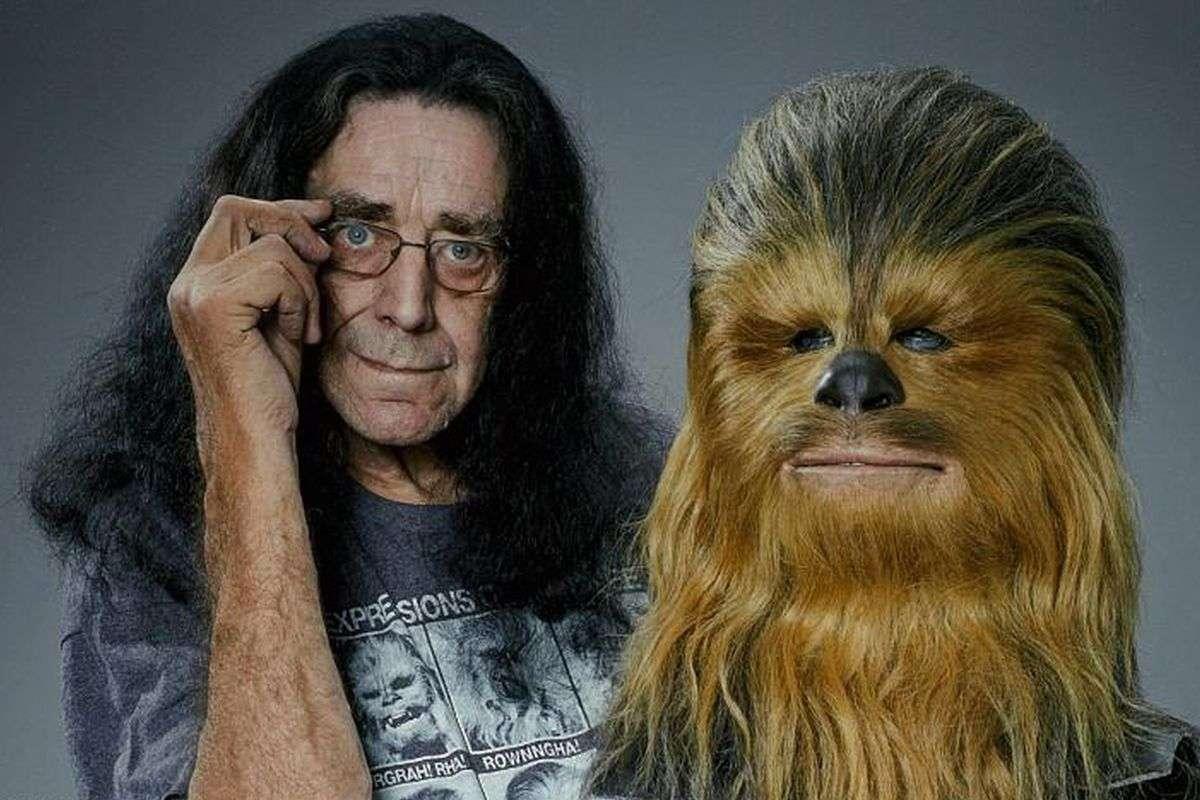 Preminuo glumac Peter Mayhew, Chewbacca iz 'Ratova zvijezda'