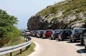 pojačan promet vozila tokom dana očekuje se na lokalnim izletištima