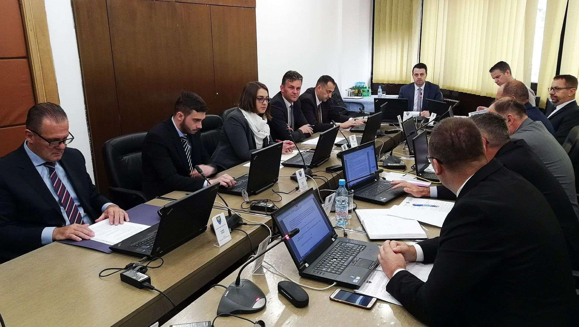 Ministarstvo obrazovanja ZDK izdvaja milion KM za studentske stipendije