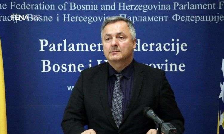 Vujanović: Mobilna aplikacija će otkriti gdje je najjeftinije gorivo (VIDEO)