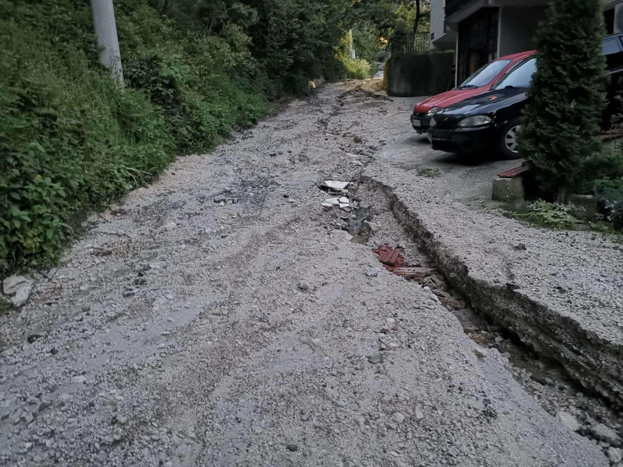 (foto) travničko prigradsko naselje bojna ostalo bez puta