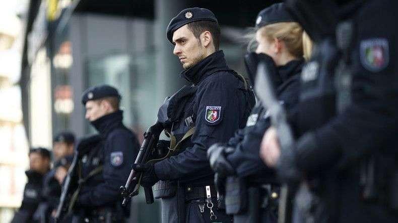 sve zbog komentara mržnje na internetu: policija u njemačkoj provela racije širom čitave države!