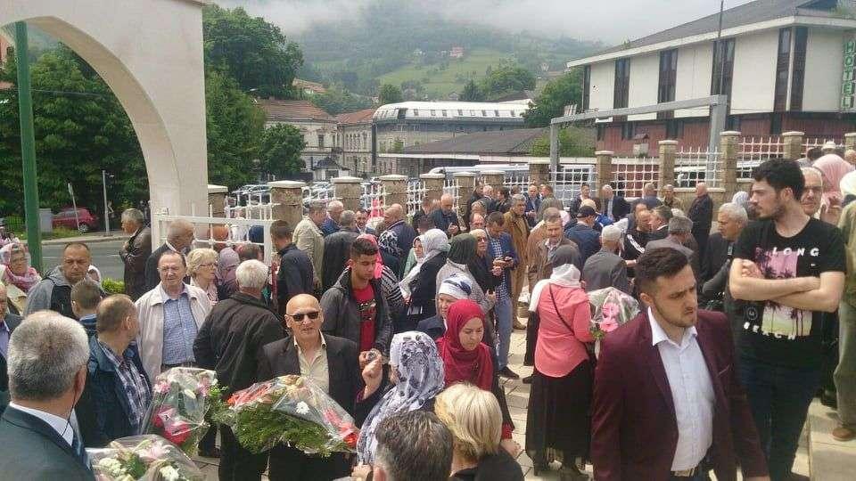 (foto/video) dan šehida obilježen u travniku