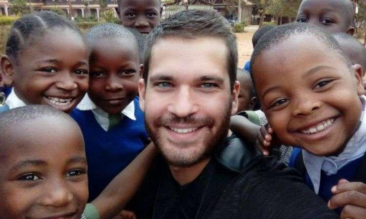 afrička večer i humanitarna akcija 'olovka iz bih u africi piše stih'