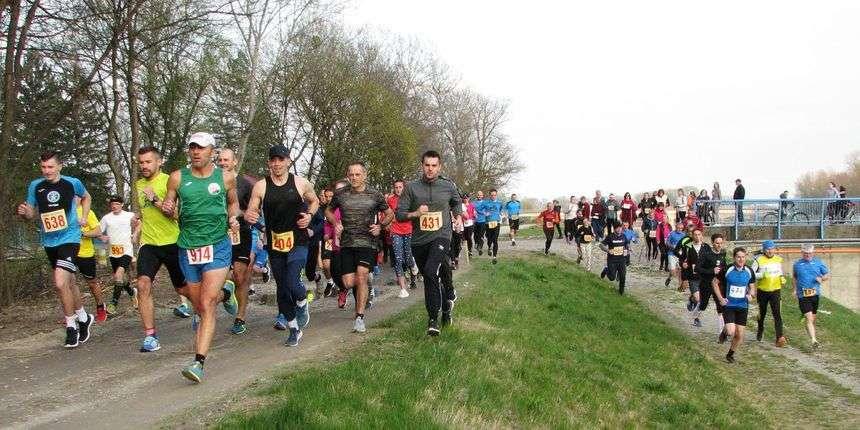 'olimpija run fest' - više od 900 trkača sudjelovalo u noćnoj utrci u sarajevu