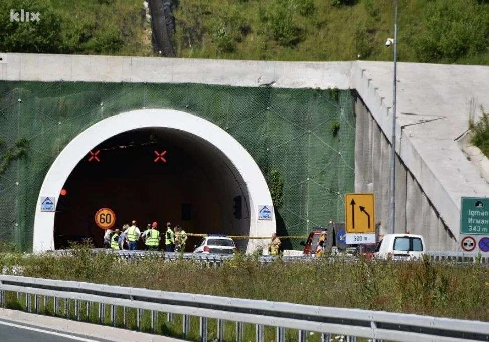 u prevrtanju automobila u tunelu igman poginuli otac, majka i kćerka...